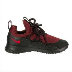 NEW Nike Red City Loop Floral Running Shoes 6